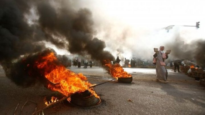 Sudan crisis: Security forces attacked pro-democracy protest