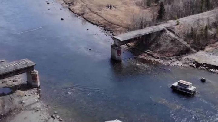 Thieves steal a 56 tonnes bridge in Russia