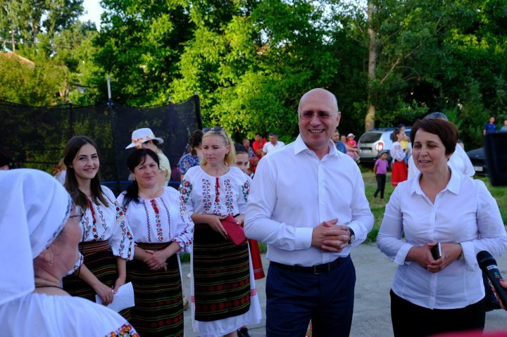 Pavel Filip celebrated Tiganesti village day yesterday: I will continue to support you because you supported me when I needed