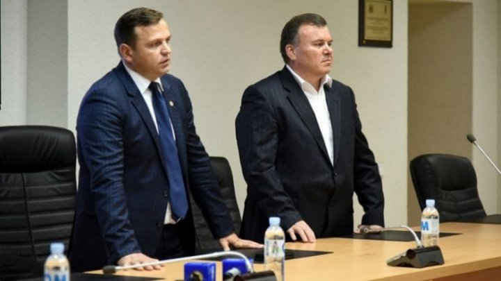 Under mass-media's pressure, Andrei Nastase recognized that he broke the law. Gheorghe Balan will resign from IGP leadership