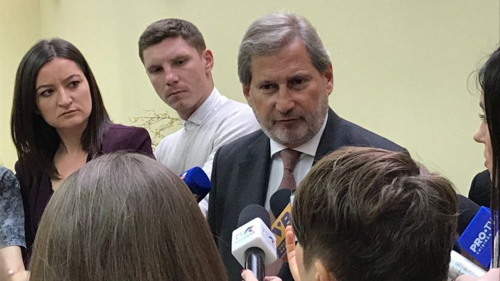 EU's Hahn insists on Moldova's new government and avoids snap elections