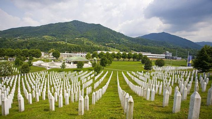Dutch Supreme Court ruled on Friday that the Netherlands is partially responsible for the July 1995 deaths of 300 Muslims in Srebrenica
