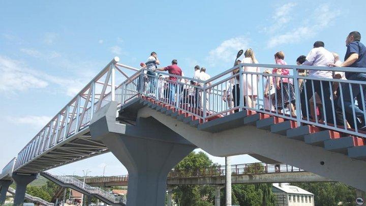 Pedestrian bridge opened over railway line in Strășeni (photo)
