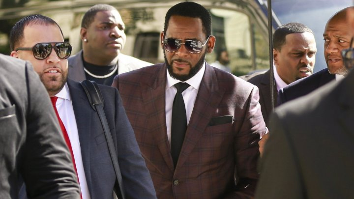 R Kelly chaged with prostitution involving children under 18