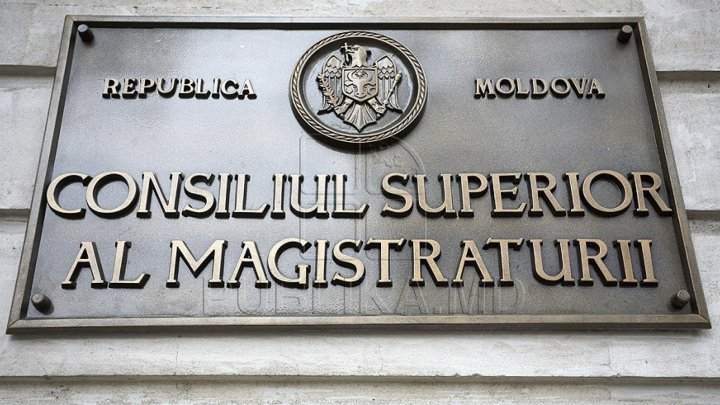 The magistrates who requested the incorporation of the CSM members are complaining of pressures from them