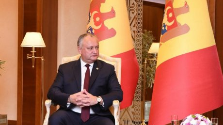 Controversy over Moldovan flag arranged in Dodon's meeting with Uzbek President Mirziyoyev
