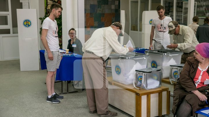 #ALEGEPUBLIKA. Over 1 million Moldovan people cast their ballots, shows CEC