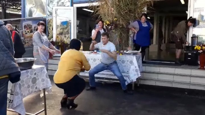 Viral clip: How a man celebrated Chisinau City Day at central market