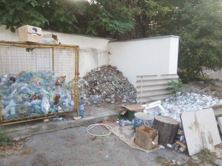 AWFUL! How Chisinau's Infectious Diseases Hospital Toma Ciorbă deposits hazardous waste (photos)
