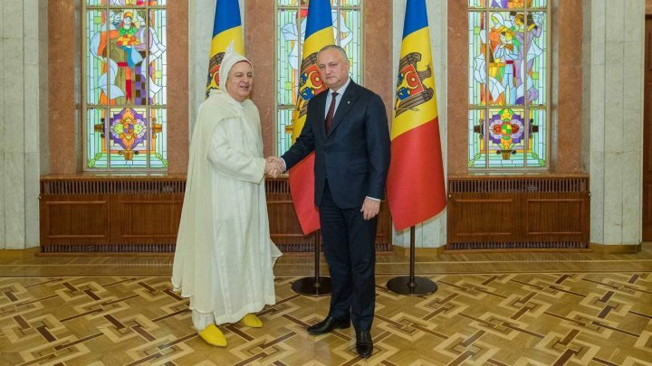 Igor Dodon received letters of accreditation from seven ambassadors