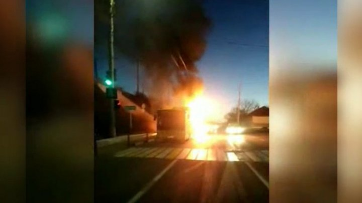 Bus with workers on board bursts into flames in a Transnistria's village (video)