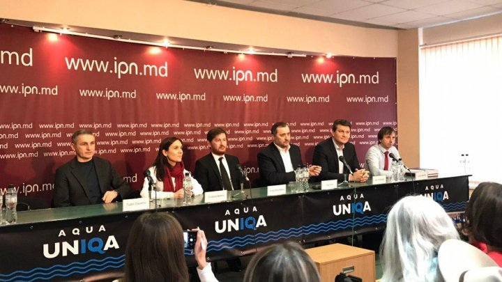 Vlad Filat stakes out his position in the first press conference