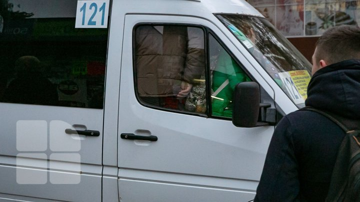How a travel with Chisinau minibus looks like even with higher tariff (photo report)