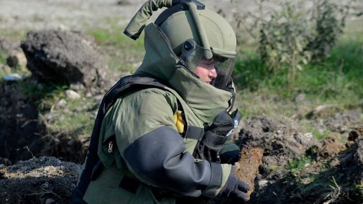 Nearly 7700 explosives liquidated last year in many Moldovan localities