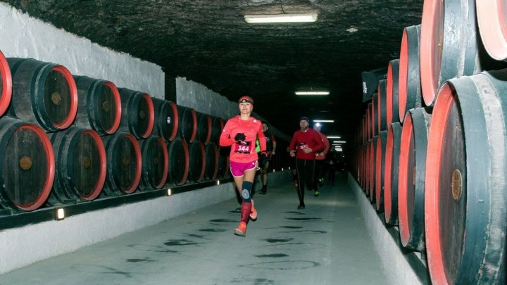 International runners join Moldovan underground 10km race in wine cellar
