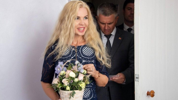 Shocking! Transnistria President Vadim Krasnoselsky's wife holds Romanian citizenship?