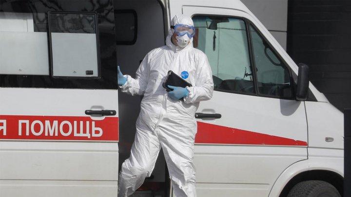 Russia reports first coronavirus death