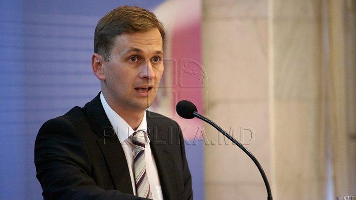 Former NBM governor Dorin Drăguţanu placed in 30-day remand detention
