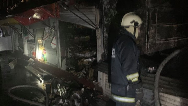 Several food stalls in Central Market caught fire at night