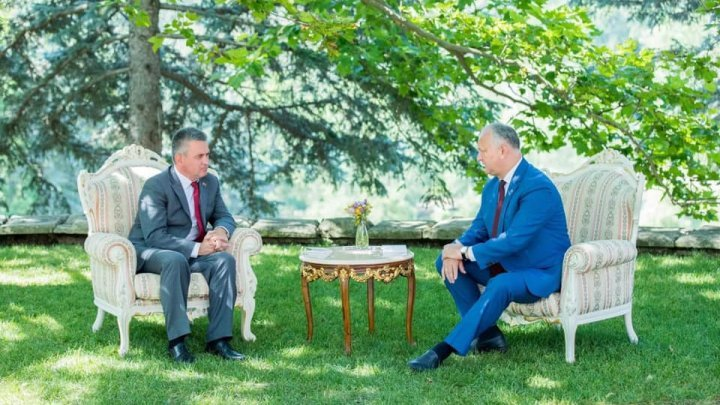 Topics discussed at meeting between Igor Dodon and Vadim Krasnoselski (photos)