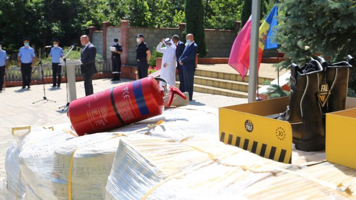 Qatar donated equipment worth $56,000 to Moldovan rescuers