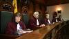 Deputaţii comunişti contestă legalitatea cumulării a două funcţii de către deputaţi