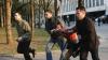 7 APRILIE Din 106 plângeri ale tinerilor care susţin că au fost maltrataţi de poliţişti, doar opt dosare penale au ajuns în instanţă