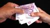 Un profesor de la Universitatea Agrară a fost prins, în flagrant, în timp ce lua mită - 50 de euro, de la un student