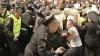 Anchetele iniţiate pe numele poliţiştilor acuzaţi că ar fi bătut tineri pe 7 aprilie 2009 sunt la final