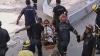 Salvatorii libanezi au reuşit să scoată un supravieţuitor de sub o clădire dărâmată