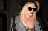 Lady Gaga, în sutien şi cu buricul la vedere prin New York VEZI FOTO