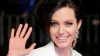 Angelina Jolie vrea sa mai adopte un copil
