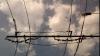 Hoţii au furat 45 de metri de fire electrice pentru troleibuze, noaptea trecută în Capitală