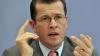 Ministrul german al Apărării, acuzat de plagiat, a demisionat din funcţie