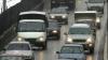 Şoferii nu mai trebuie să circule cu farurile maşinilor pe fază scurtă