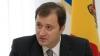 Vlad Filat în inspecţie la Ministerul Tineretului şi Sportului