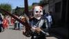 Cele mai ciudate tradiţii de Paşti în lume