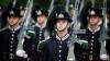Gărzile regelui Norvegiei s-au ascuns sub pat în timpul unei alarme