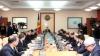 Reprezentanţii Guvernului vor discuta despre salariile mari ale administratorilor instituţiilor de stat