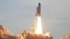 Astronauţii de la bordul navetei Endeavour au efectuat ultima ieşire pe orbită