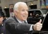 """John McCain a ajuns la Chişinău. Avionul acestuia """"a fost ascuns"""" de ochii jurnaliştilor"""