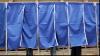 CEC a obligat Birourile Electorale să SCOATĂ perdeaua de la intrarea în cabina de vot