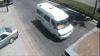(VIDEO) Accident în Capitală: Un microbuz de pe ruta 180 a intrat într-un camion
