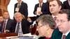 Un jurist le dă în obraz deputaţilor: Ruşine parlamentari! PL face şantaj politic