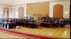 Deputaţii se întrunesc în şedinţă plenară