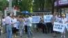 """Ţipete şi """"bătaie"""" la protestul organizat de vânzătorii de flori VIDEO"""