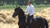 (VIDEO) Filat s-a plimbat cu calul lui Voronin: Eu am avut contact cu calul, nu cu proprietarul