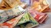 Volumul mare al banilor din circulaţie este una din problemele sistemului bancar al Moldovei