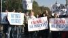 Zeci de florari din Capitală şi din Bălţi au protestat astăzi în faţa Guvernului