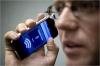 Telefoanele mobile - FOCAR DE INFECŢII. Unul din şase aparate este contaminat cu bacterii precum E.coli